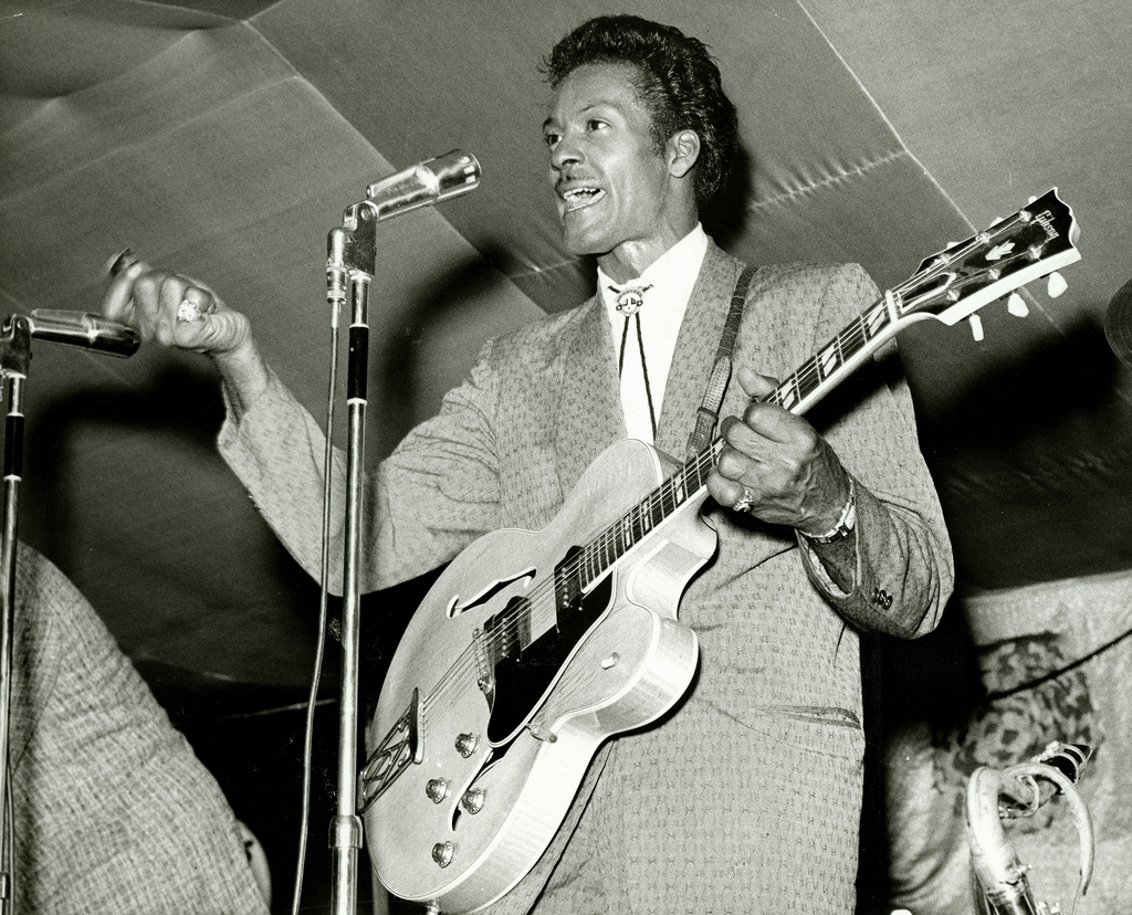 CHUCK BERRY - HOLIDAY SONGS 1001