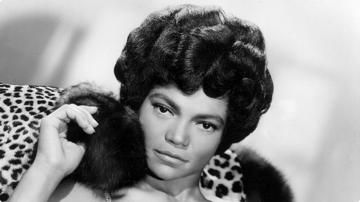 EARTHA KITT - HOLIDAY SONGS 1001