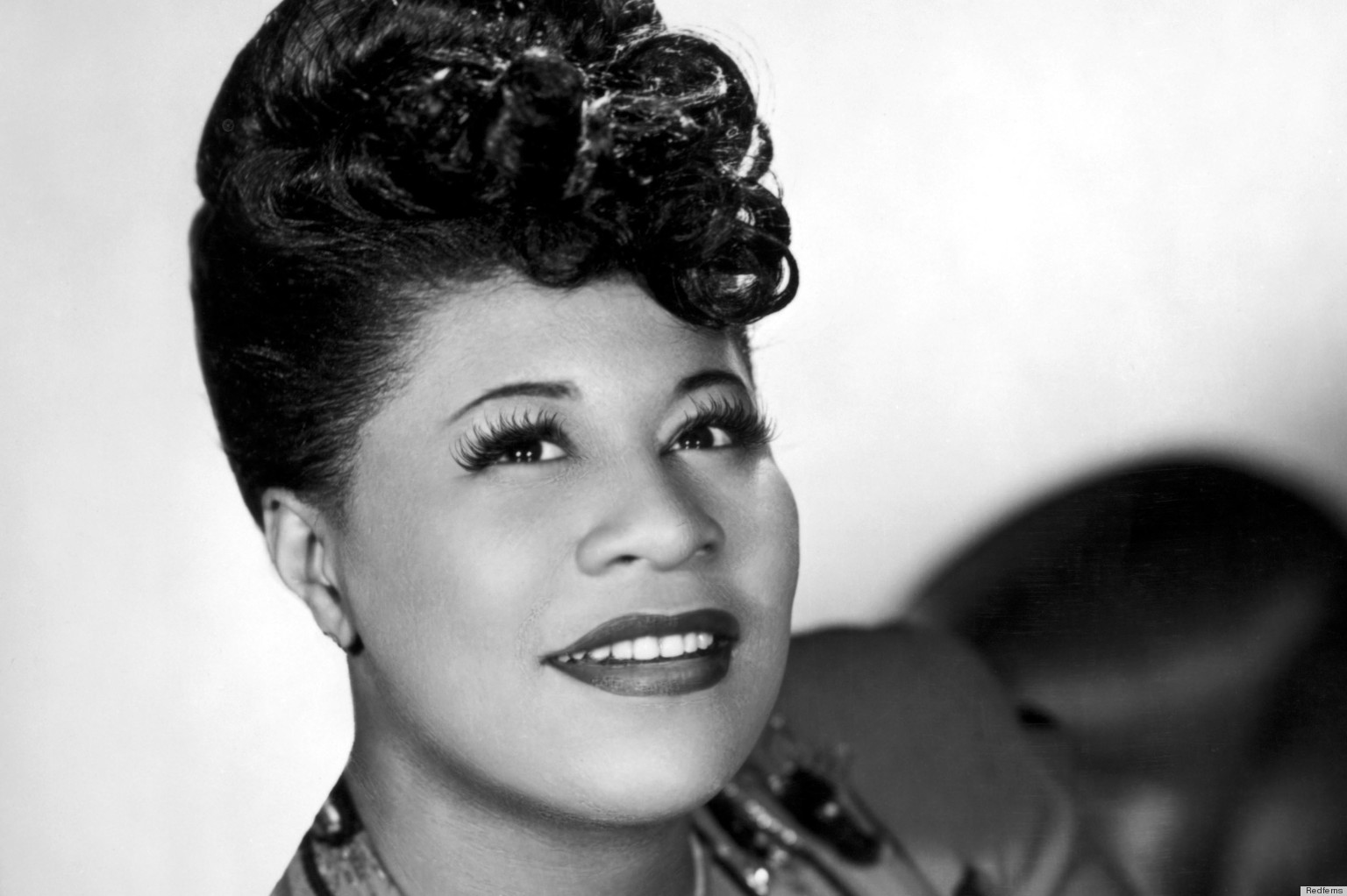 ELLA FITZGERALD - HOLIDAY SONGS 1002