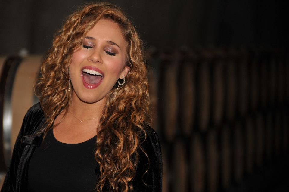 HALEY REINHART 1004