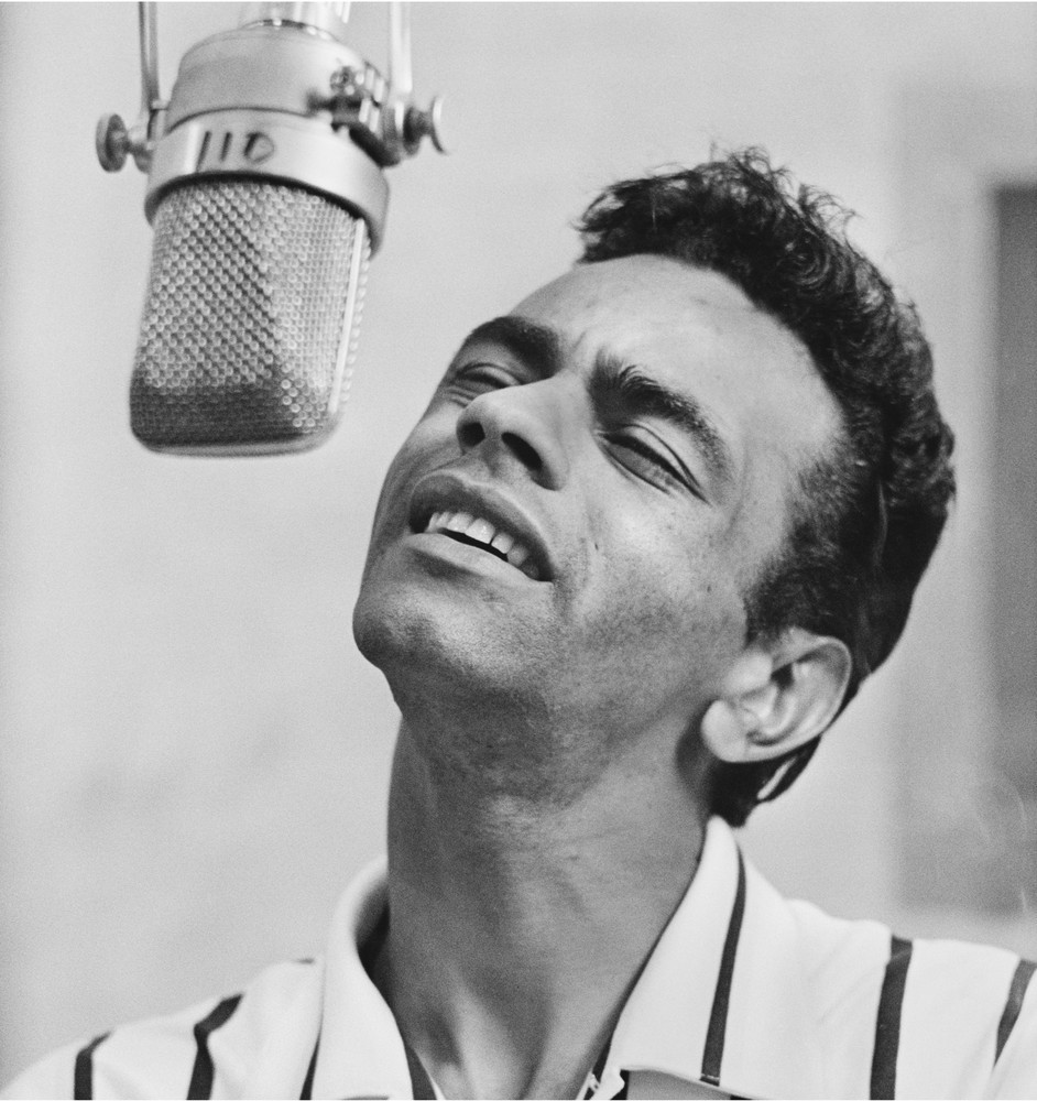 JOHNNY MATHIS HOLIDAY SONGS 1003