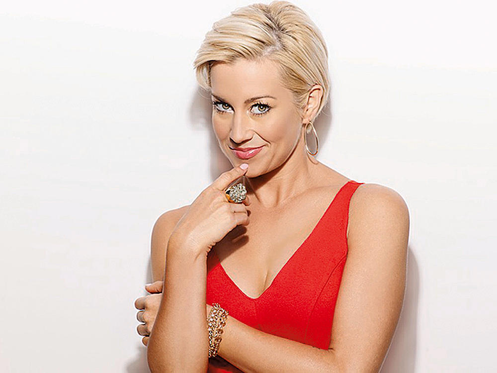 KELLIE PICKLER HOLIDAY SONGS 1000