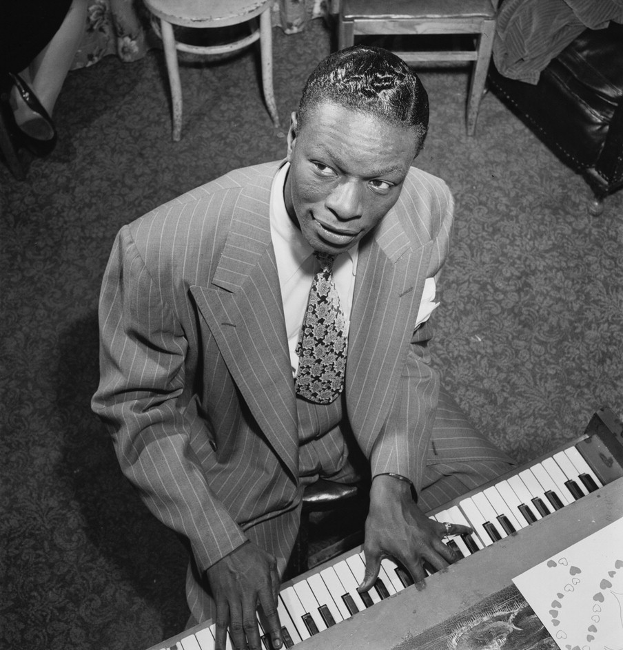 NAT KING COLE HOLIDAY SONGS 1002
