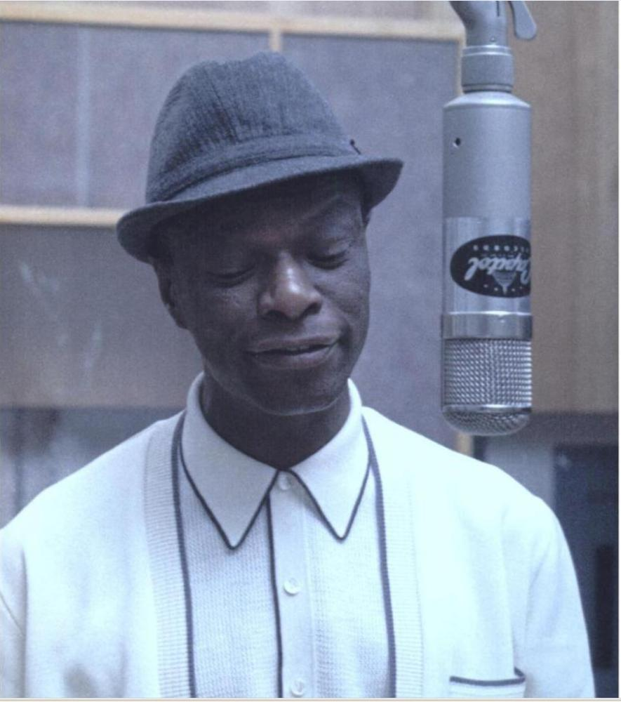 NAT KING COLE HOLIDAY SONGS 1004
