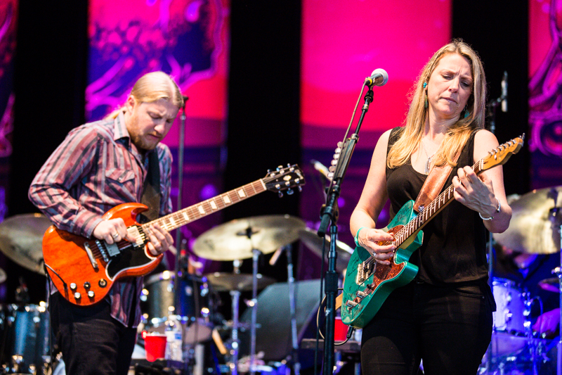 TEDESCHI TRUCKS BAND 1003