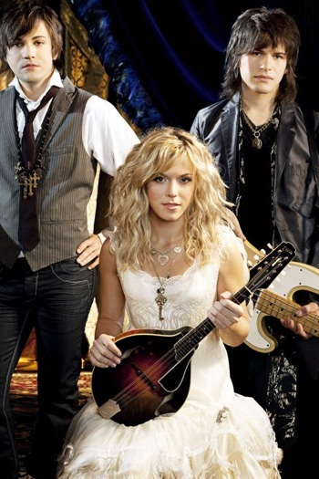 The Band Perry 1002