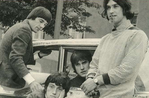 The Kinks 1000