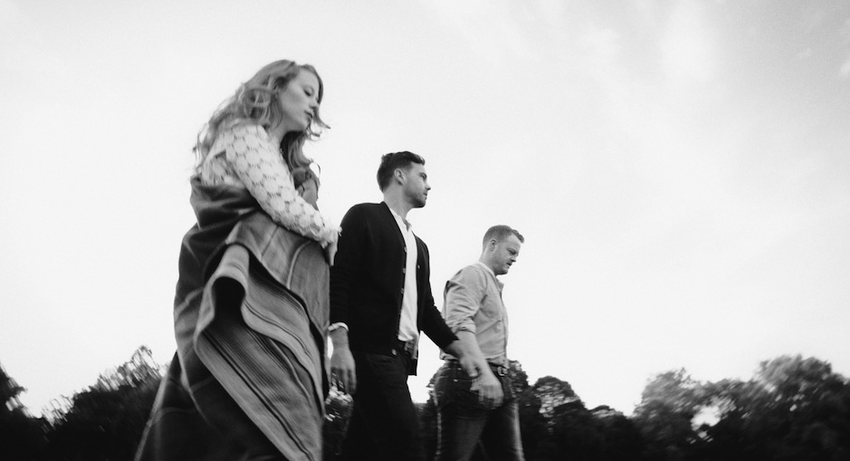 THE LONE BELLOW 1006