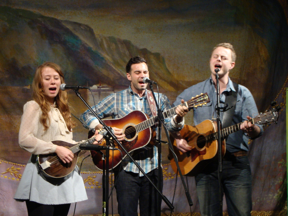 THE LONE BELLOW 1007