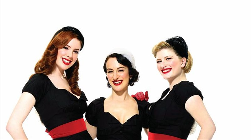THE PUPPINI SISTERS HOLIDAY SONGS 1004