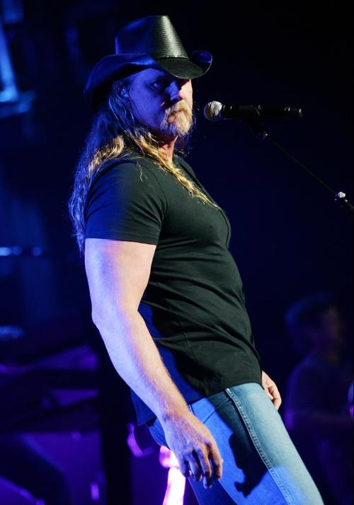 TRACE ADKINS 1009