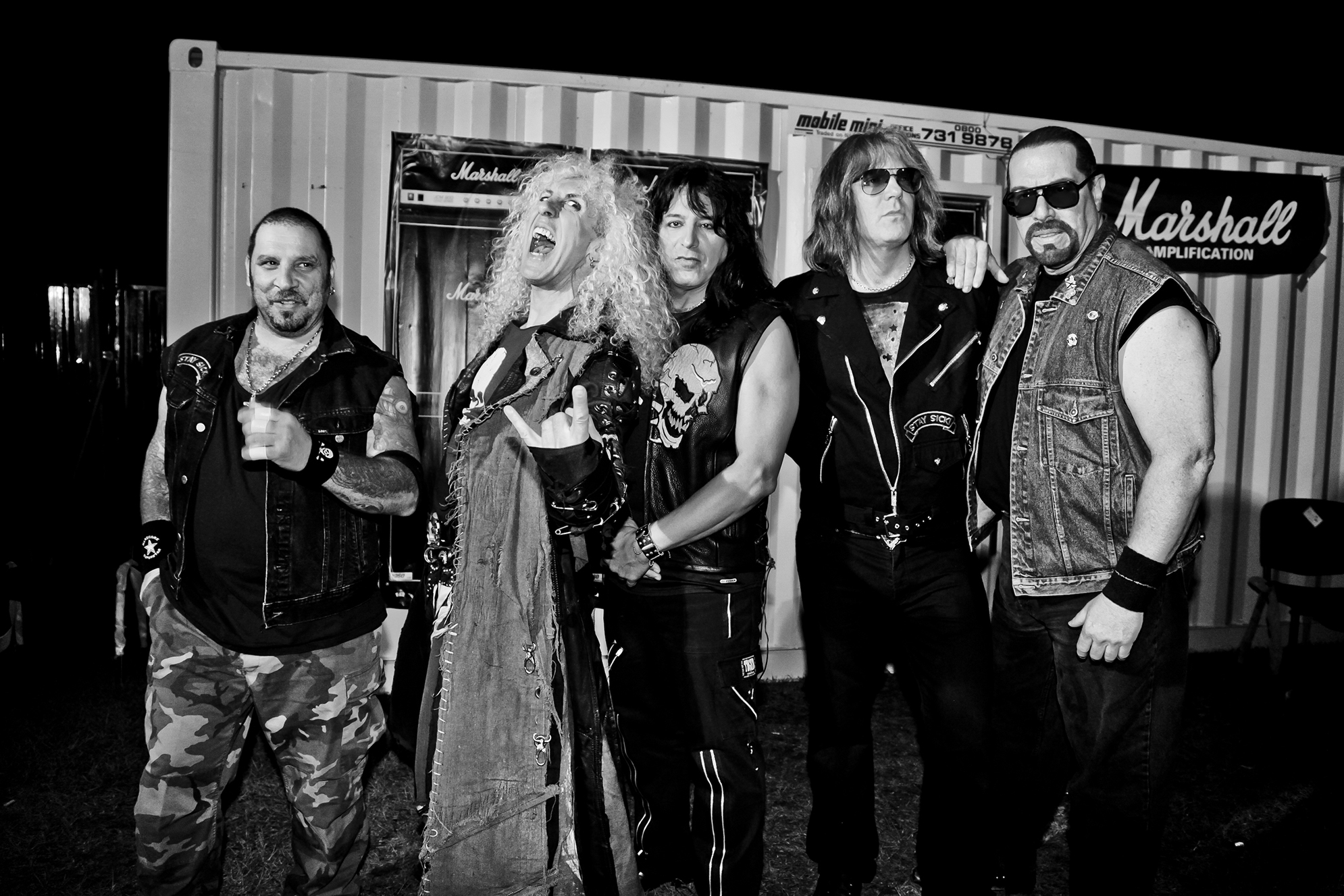 TWISTED SISTER 1004