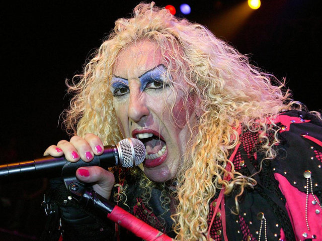 TWISTED SISTER 1005