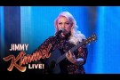 "Elle King Performs ""Ex's and Oh's"""