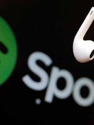 Spotify, Apple Watcha geldi